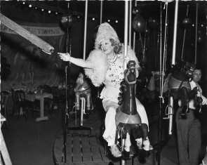 costumeparty-davies-circusparty1937