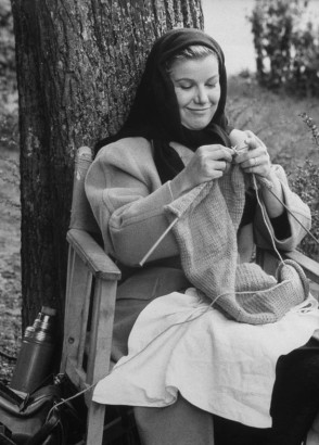 knitting-belgeddes-fivebrandedwomen (2)