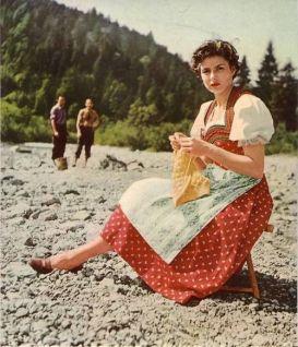 knitting-bergman-2