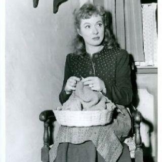 knitting-garson-2
