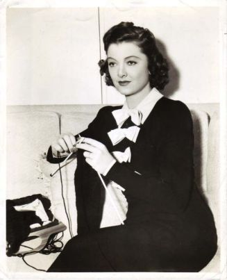 knitting-loy